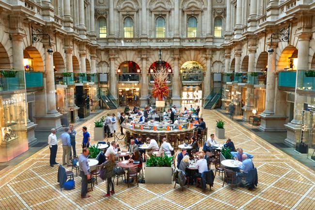 The Royal Exchange Bank London meeting spot